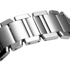 Image of the deployment clasp on the Cartier Tank W51002Q3